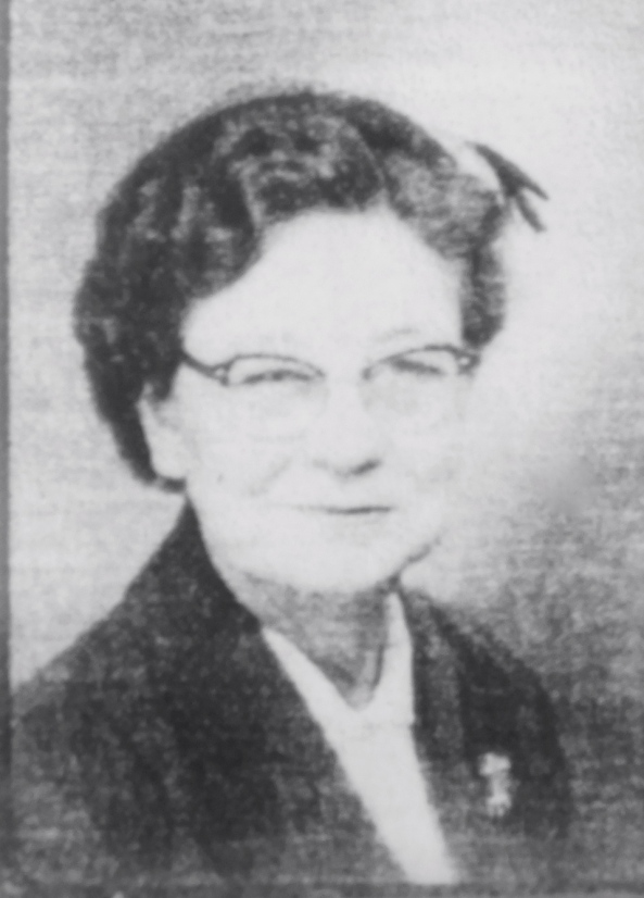 Portrait of Eula Mae HOLDER