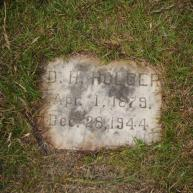 Head Stone of Della (Odella) HARKNESS HOLDER