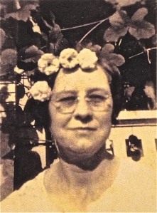 Eula Mae HOLDER LINN