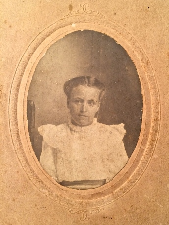 Oval framed sepia photo of Essie Lee INGLETT