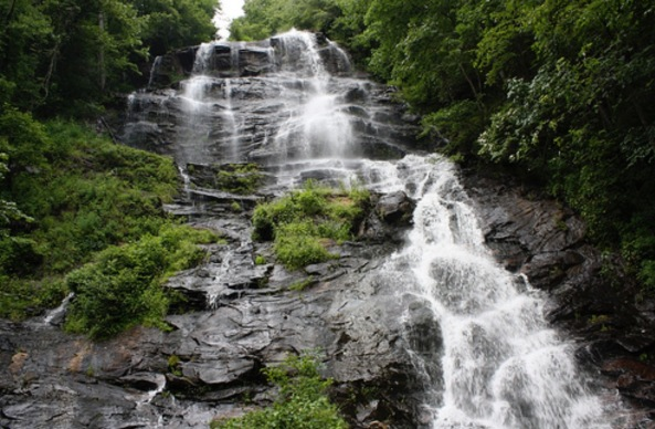 Amicalola Falls - Source: Courtney McGough - http://www.flickr.com/photos/courtneymcgough/5968447934/in/set-72157627140233295